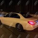 Автомобиль бизнес-класса Mercedes-Benz E213 AMG NEW